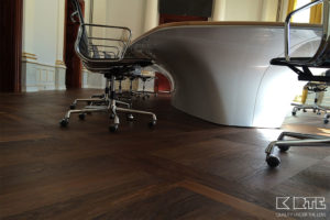 Conference table5 1024x683