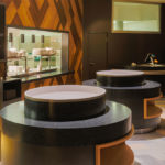 Restorāna galdu virsmas
